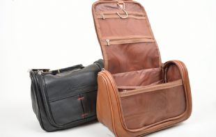 Portland Signature Washbag with Grooming set